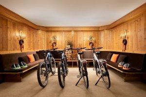 Bike Hotel Cristallo Cortina d Ampezzo