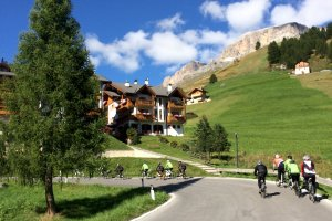 Cycling Tour the Dolomites