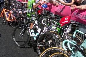 VIP Giro d'Italia cycling tours