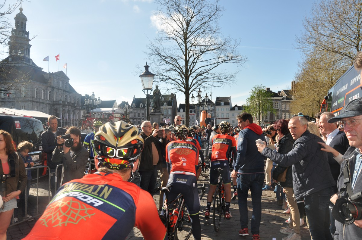 Amstel Gold Cycling Race 2021 | Spring Classic Road Bike ...